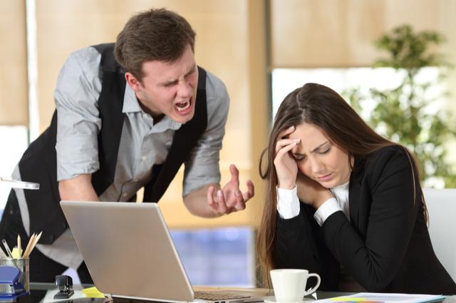塔羅:真的好苦惱!如何擺脫職場小人?