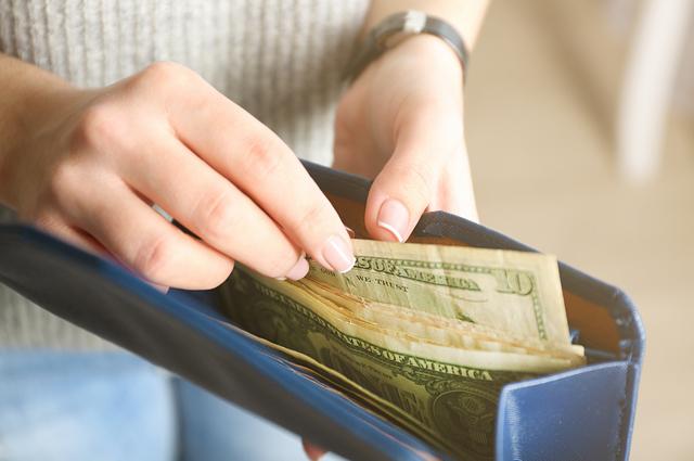 塔羅:明明很省卻存不了錢?測出存錢運是否受阻