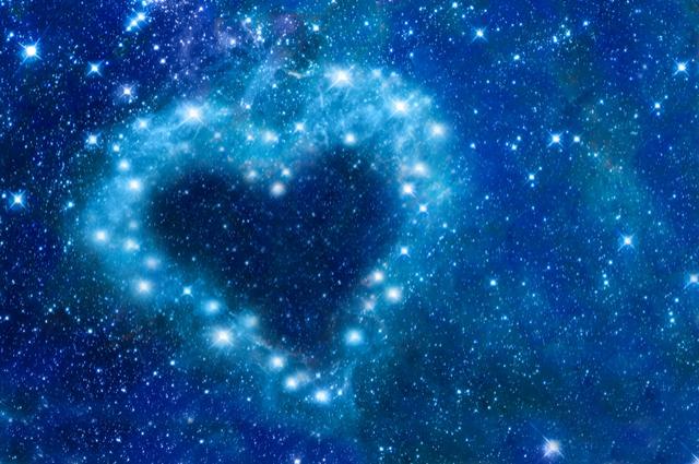 月亮代表你的心!從月亮星座看出戀愛模式?